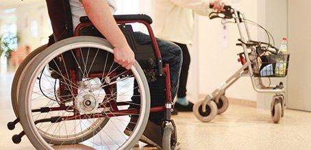 hebesysteme homecare rehabilitation mobilit t und pflege zu hause ladurner hospitalia. Black Bedroom Furniture Sets. Home Design Ideas